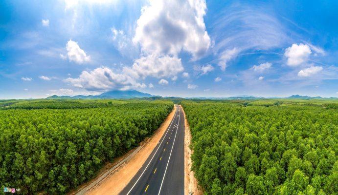 Cao tốc La Sơn - Túy Loan có tổng chiều dài 77,6 km và tổng mức đầu tư hơn 11.000 tỷ đồng.