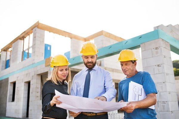 Kiến trúc sư và Kỹ sư Xây dựng